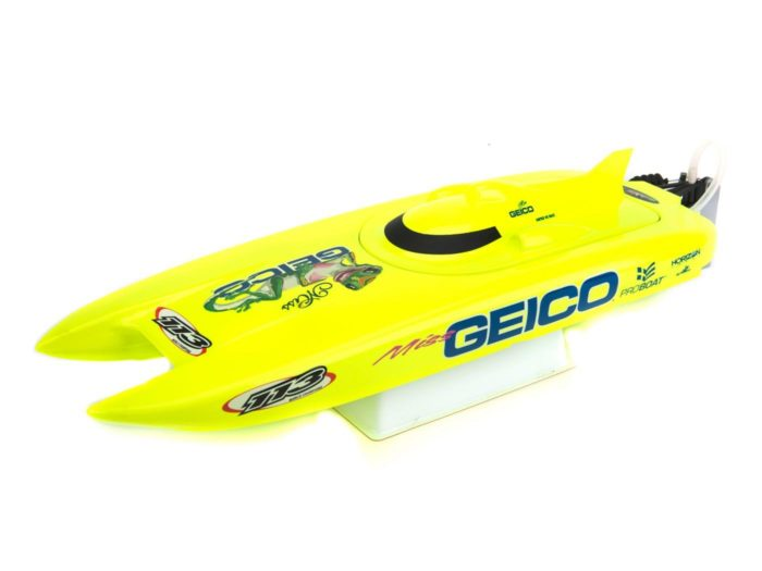 Miss Geico 17-inch Catamaran Brushed: RTR INT